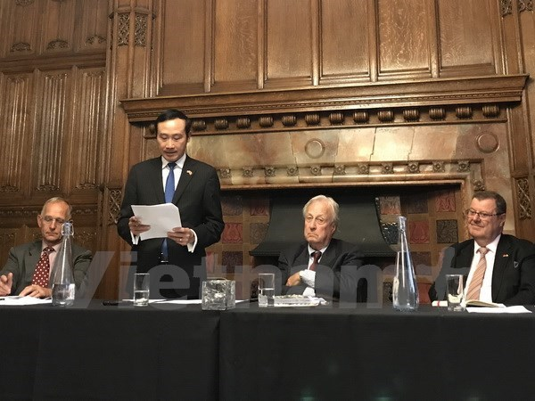 Vietnam-UK Network convenes third congress in London hinh anh 1