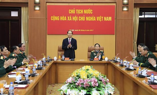 Defence ministry urged to continue building regular, elite army hinh anh 1