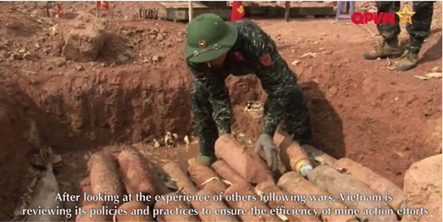 Vietnam's mine action effort documentary screened in Geneva hinh anh 1