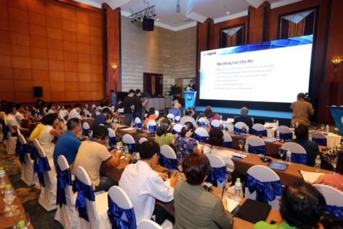 US company hosts workshop to increase Vietnamese SMEs leadership hinh anh 1