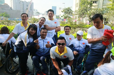 Physically-challenged athletes head for ninth ASEAN Para Games hinh anh 1