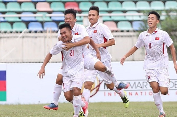Vietnam defeats Indonesia 3-0 at AFF U18 championship hinh anh 1