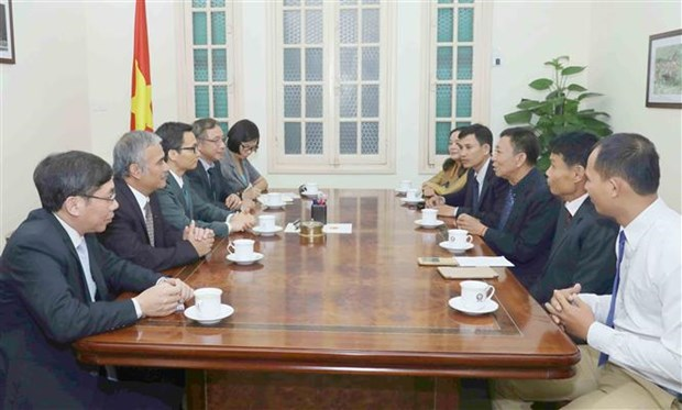 Vietnam, Cambodia news agencies urged to promote cooperation hinh anh 1