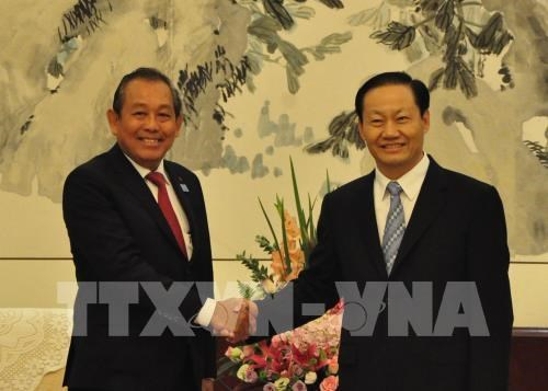 Vietnam seeks stronger cooperation with China's Guangxi province hinh anh 1