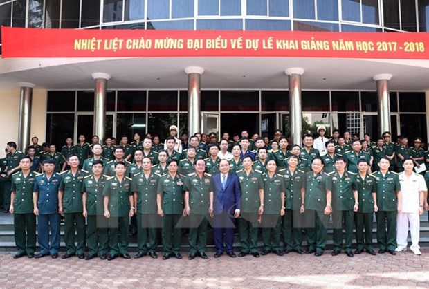 PM urges Defence Academy to reform training programme hinh anh 1