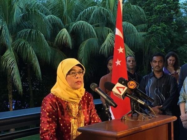 Halimah Yacob becomes Singapore's new President hinh anh 1
