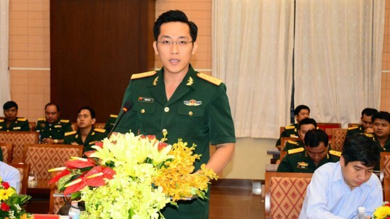 Young Vietnamese, Cambodian military officers hold exchange hinh anh 1