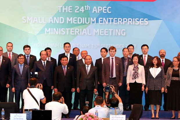 PM welcomes theme of 24th SMEs ministerial meeting hinh anh 1