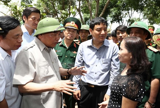 PM directs fixing of storm consequences in Nghe An hinh anh 1