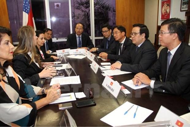 Vietnamese party delegation visit Brazil hinh anh 1