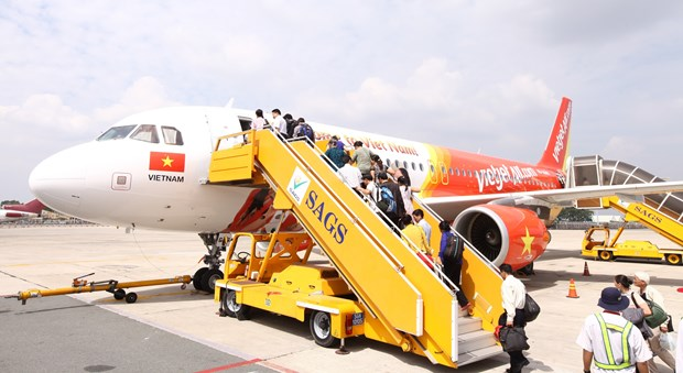 Vietjet starts selling tickets on HCM City-Phnom Penh route hinh anh 1
