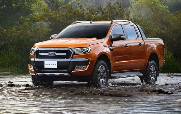 Ford Vietnam delivers record August sales hinh anh 1