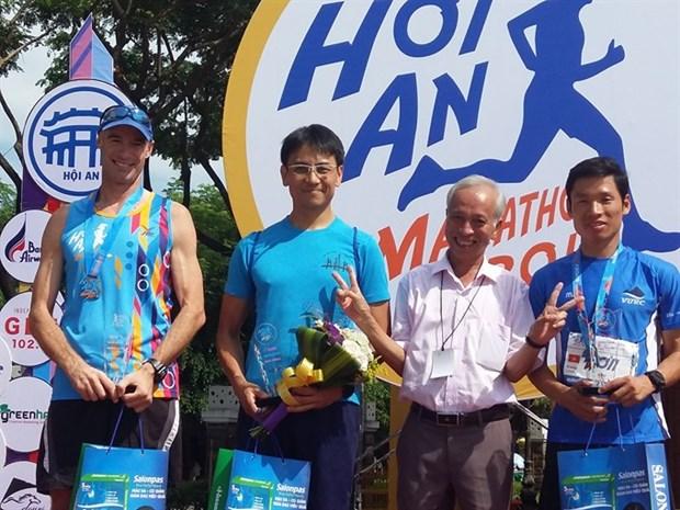 Japanese, Thai win Hoi An Int'l Marathon hinh anh 1