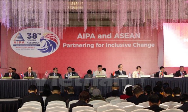AIPA: Vietnam proposes building AEC with equal development hinh anh 1