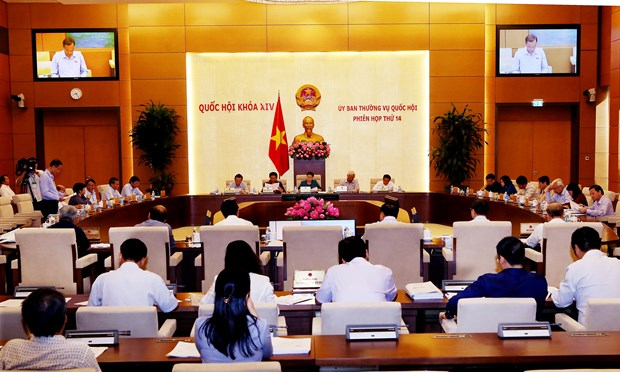 NA Standing Committee examines anti-corruption work hinh anh 1