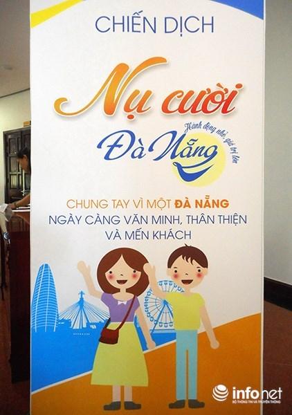 Da Nang authorities call on residents to smile more hinh anh 1
