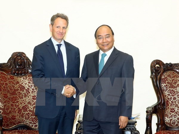 PM urges US financial investment in Vietnam hinh anh 1