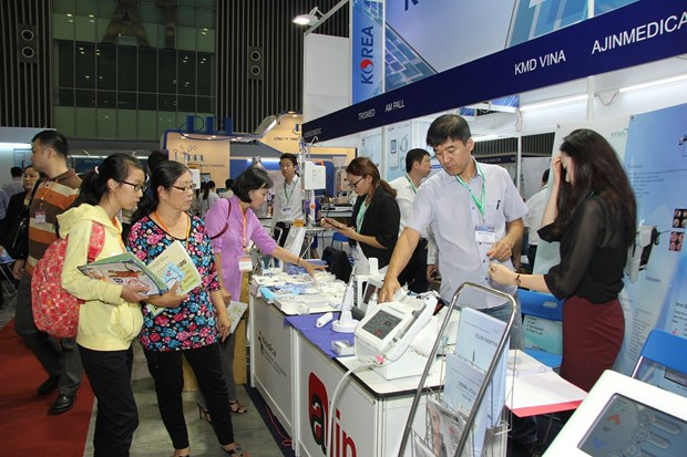 Int'l health care expo opens in HCM City hinh anh 1