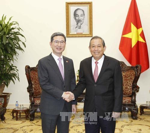 Vietnam, RoK seek to deepen bilateral ties hinh anh 1