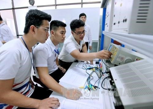 More autonomy helps universities meet int'l standards hinh anh 1