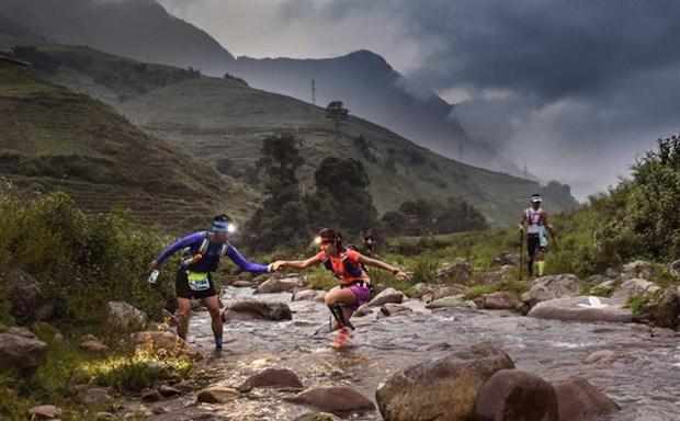 Vietnam's biggest mountain race kicks off hinh anh 1