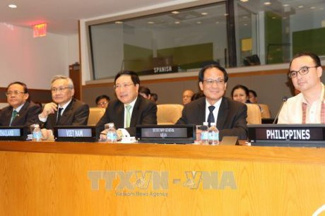 FM Pham Binh Minh highlights ASEAN's central role in New York hinh anh 1