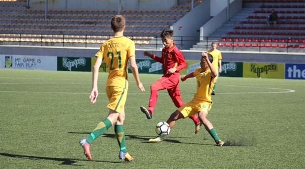 Vietnam loses 1-3 to Australia in AFC U16 qualifier hinh anh 1