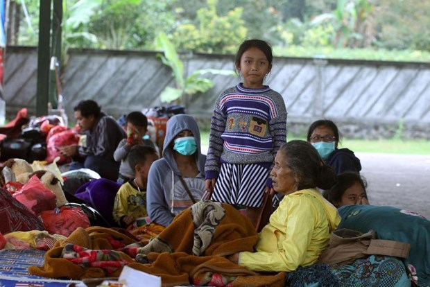 Indonesia: Over 57,000 people evacuated from Bali volcano hinh anh 1