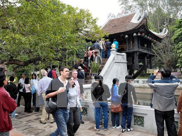 Over 9.4 million foreign tourists come to Vietnam in nine months hinh anh 1