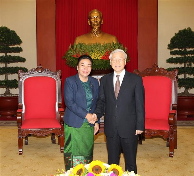 Party chief meets Lao Party official for external relations hinh anh 1