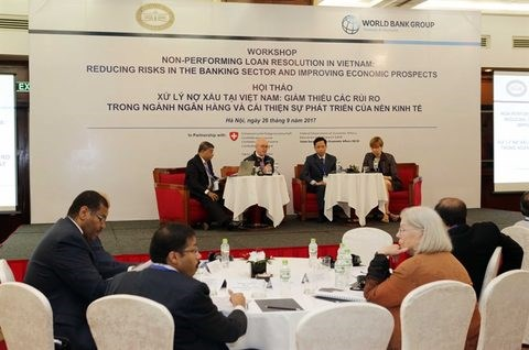 Vietnam says bad debts under control hinh anh 1