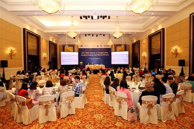 APEC members seek to boost women's presence in transportation hinh anh 1