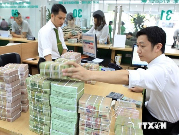 Reference exchange rate up by 8 VND hinh anh 1