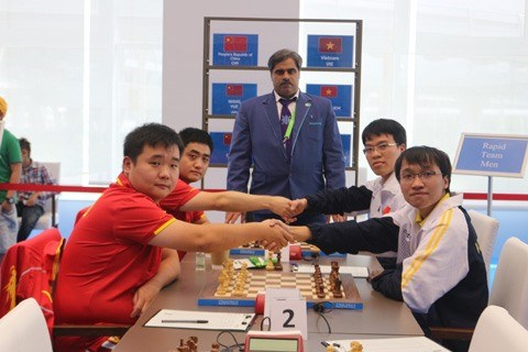 Vietnamese players win AIMAG rapid chess event hinh anh 1