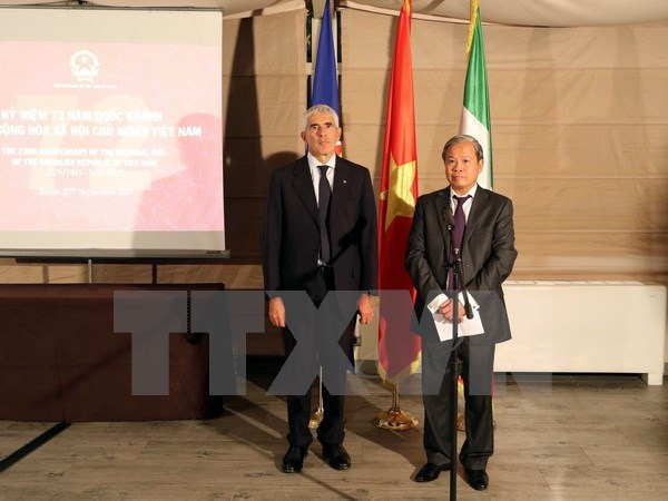 Vietnam's National Day celebrated in France, Italy hinh anh 1