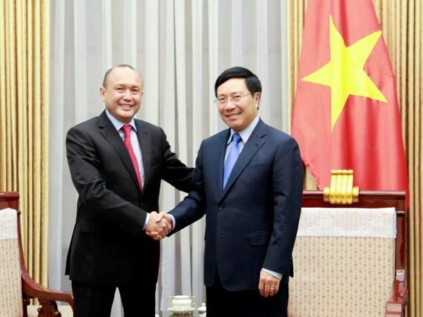 Deputy PM welcomes Kazakhstan Ambassador hinh anh 1