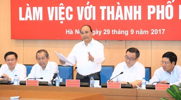 PM urges Hanoi to build green, smart city hinh anh 1