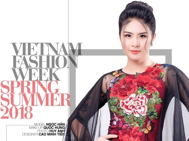Vietnam fashion week honours traditional material hinh anh 1