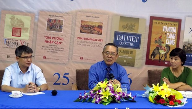 Book about 18th century Vietnam wins award hinh anh 1