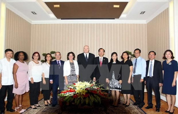 HCM City leader seeks stronger economic ties with Cuba hinh anh 1