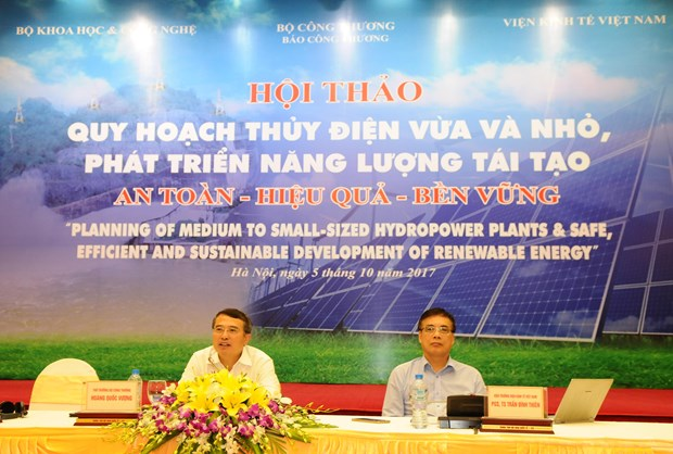 Workshop looks at obstacles in developing renewable energy hinh anh 1