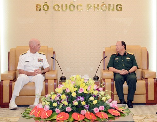 Potential for Vietnam-US defence cooperation: US Admiral hinh anh 1