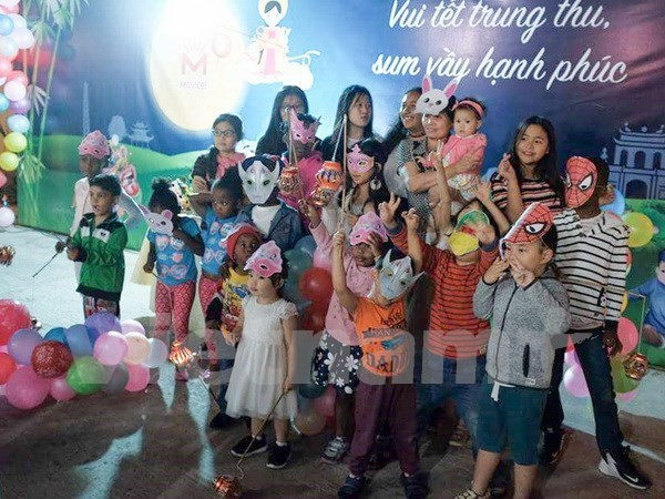 Movitel holds full moon event for children in Mozambique  hinh anh 1