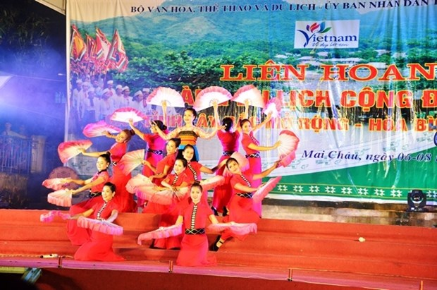 Festival highlights north-western community tourism villages hinh anh 1