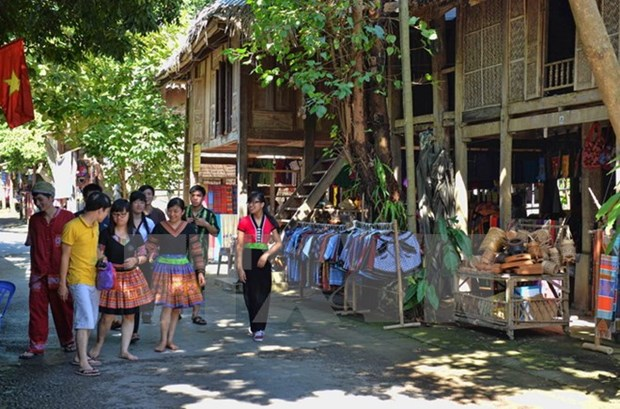 Festival helps promote northwestern community-based tourism hinh anh 1