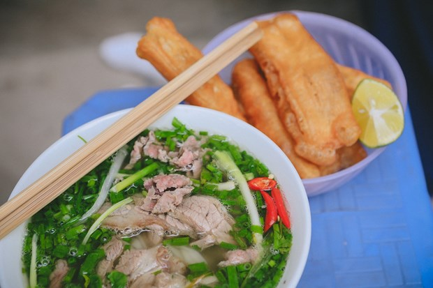 Vietnam's Pho, fresh spring roll among world's best 30 dishes hinh anh 1
