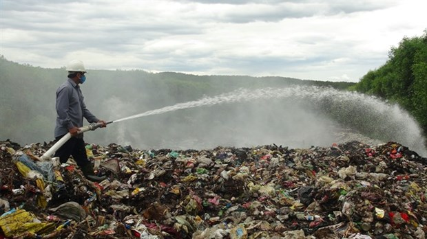 Pollution from landfill a growing concern hinh anh 1