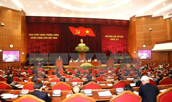 Party Central Committee discusses political system's efficient operation hinh anh 1