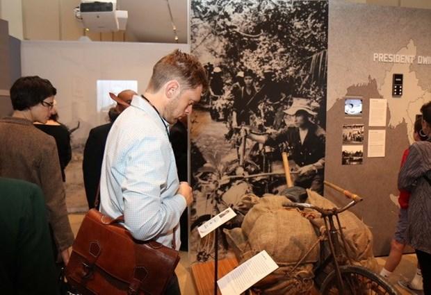 """""""The Vietnam War: 1945 – 1975"""" exhibition underway in New York hinh anh 1"""