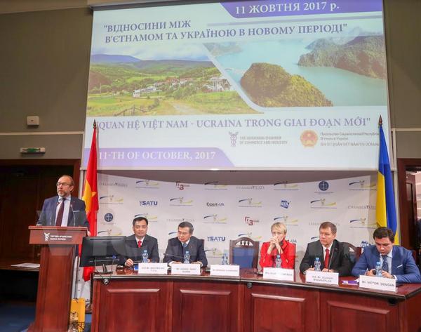 Forum talks Vietnam-Ukraine relations in new stage hinh anh 1
